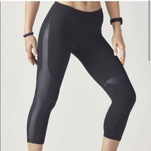NWT Fabletics Athletic Leggings Size 2X